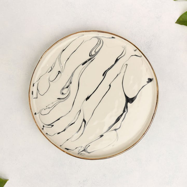 Round Serving Tray in Marble